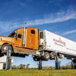 rga-us-truck-8-saeulen-2
