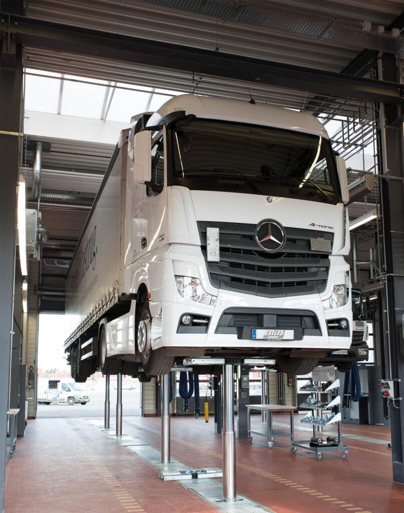 Mannheim-Mercedes Benz Workshop-06-PI-2014-03